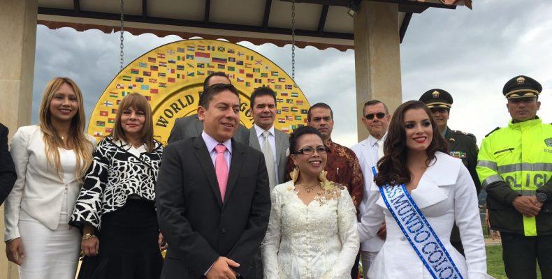jaime esparza presente en ceremonia de entrega del gong mundial de la paz